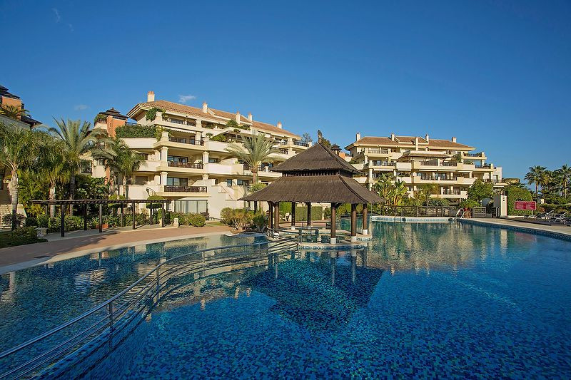 3-bed-Middle Floor Apartment for Sale in Puerto Banús