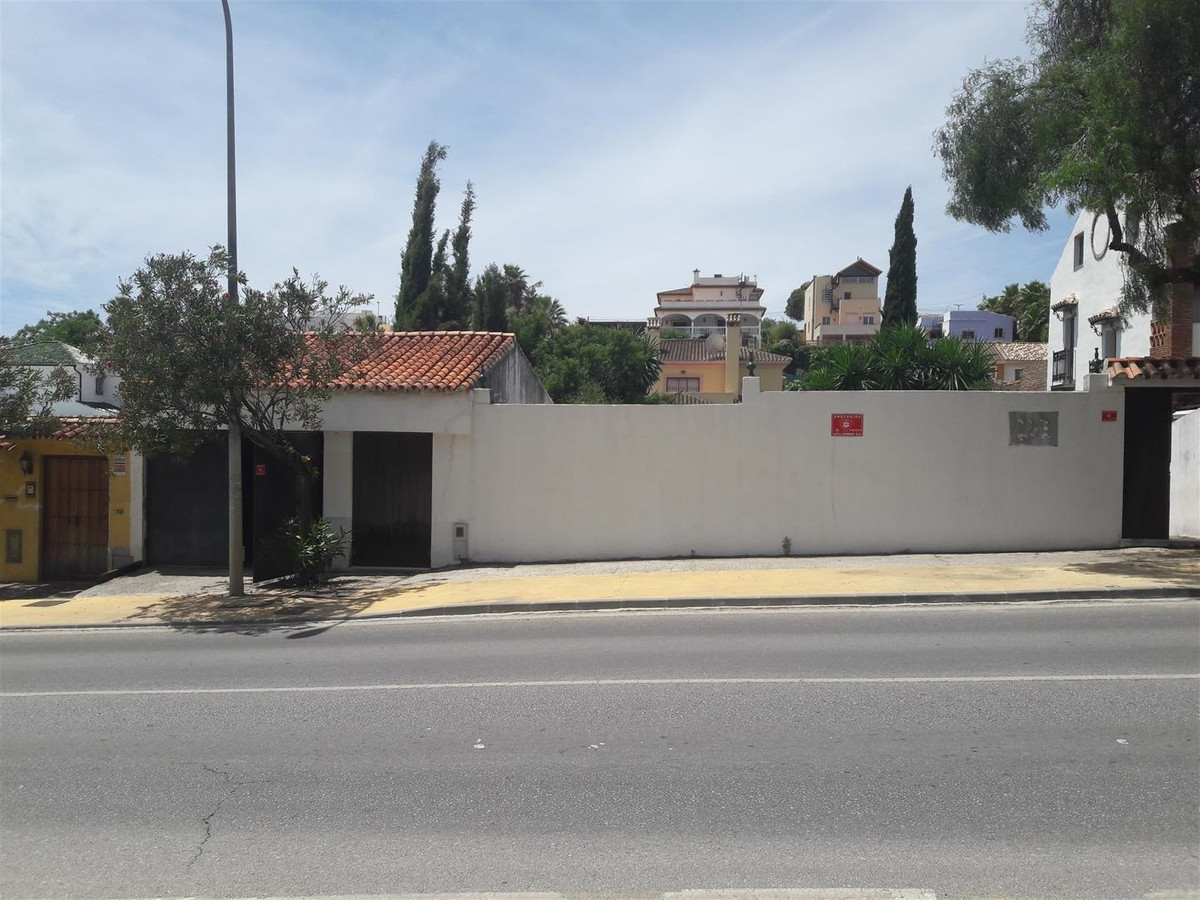 0-bed-Residential Plot for Sale in Nueva Andalucía