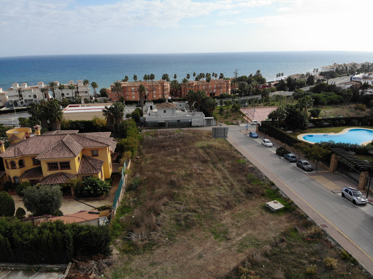 0-bed-Residential Plot for Sale in Estepona