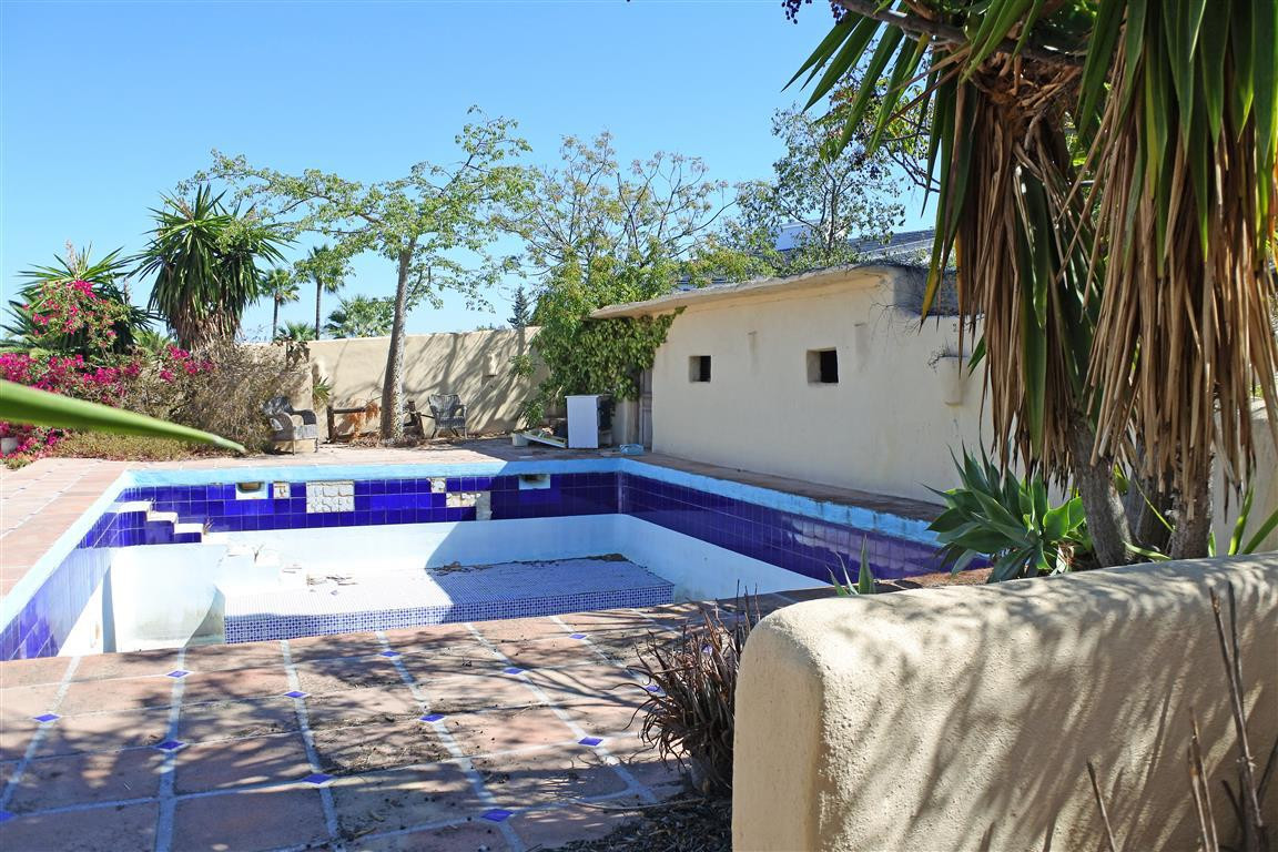 2-bed-Detached Plot for Sale in Alhaurín el Grande