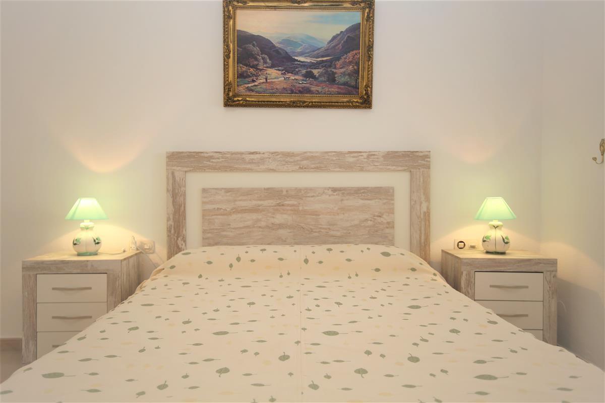 Apartment Middle Floor Estepona Málaga Costa del Sol R3728200 10