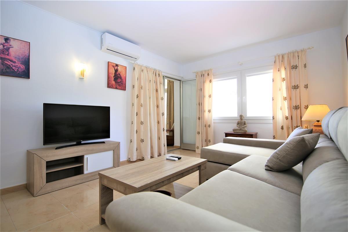 Apartment Middle Floor Estepona Málaga Costa del Sol R3728200 5