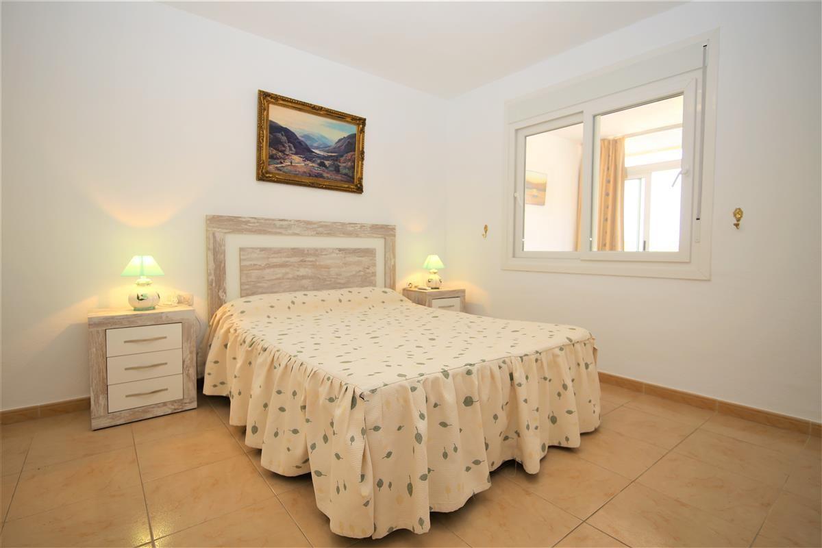 Apartment Middle Floor Estepona Málaga Costa del Sol R3728200 8