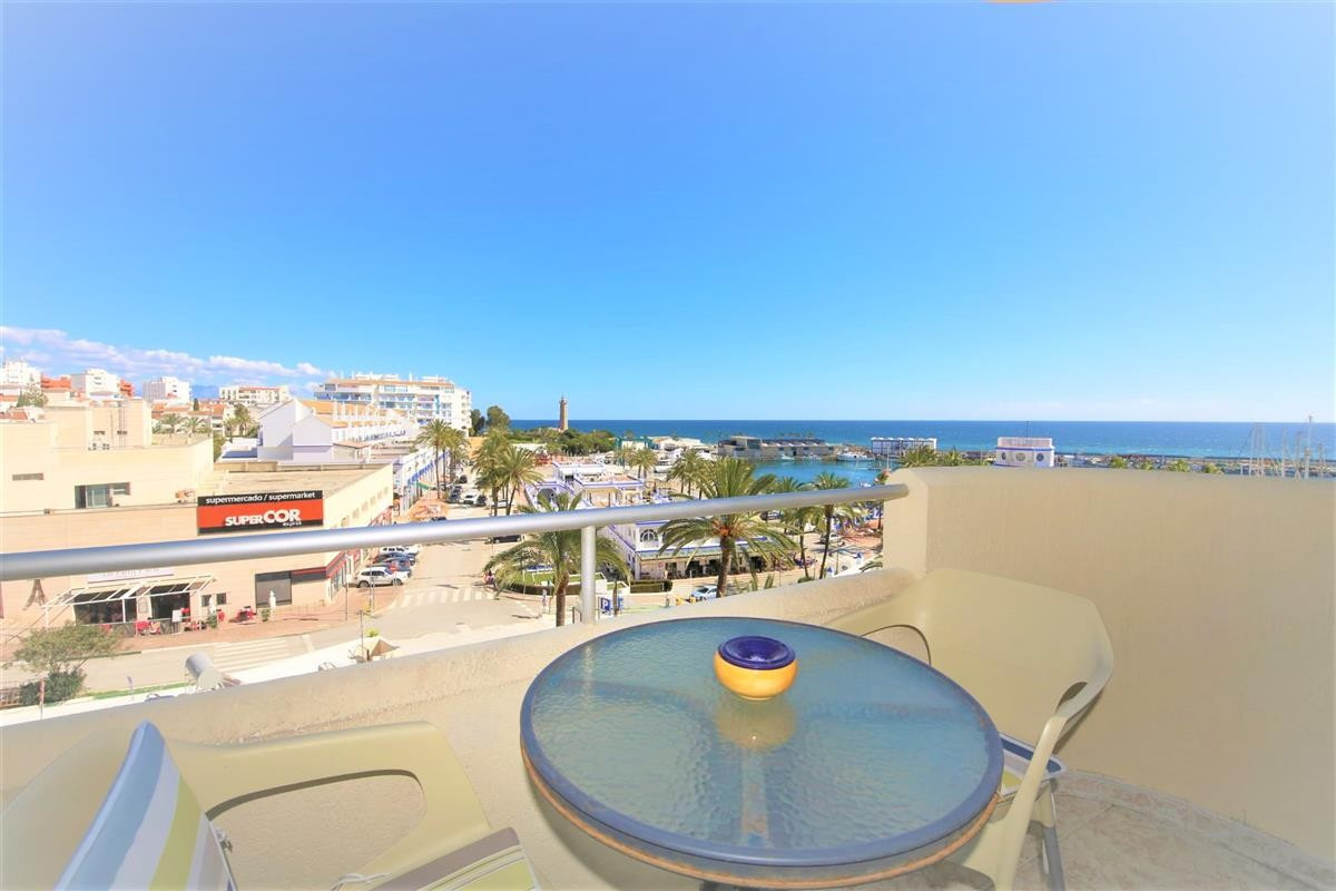 One bedroom apartment in Estepona port with views over the harbour. South East facing. Needs some re,Spain