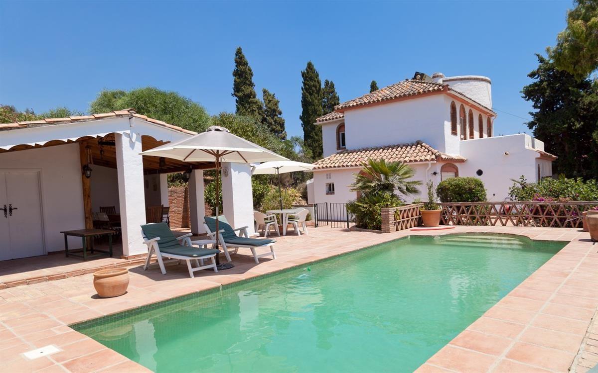 Villa i Estepona R2776094