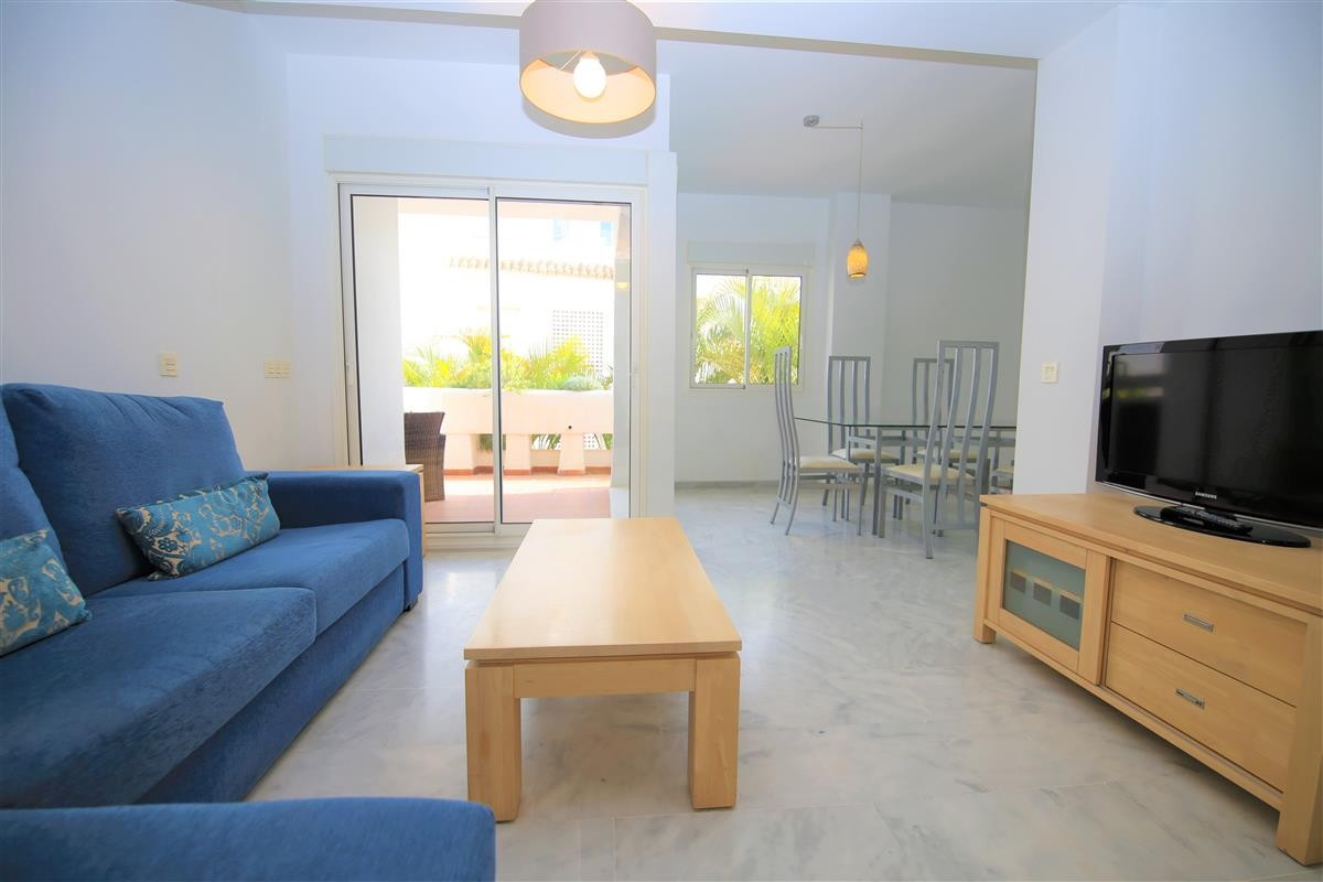 Apartament na parterze для продажи в Estepona R3510430