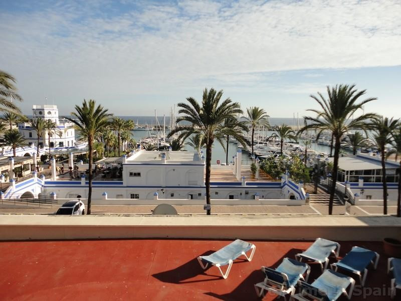 Ground Floor Apartment in Estepona R3060604