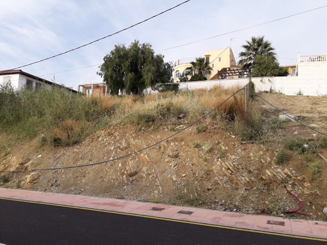 Plot for sale in Estepona