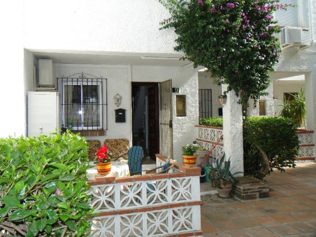 2 bed Townhouse for sale in Cerros del Aguila