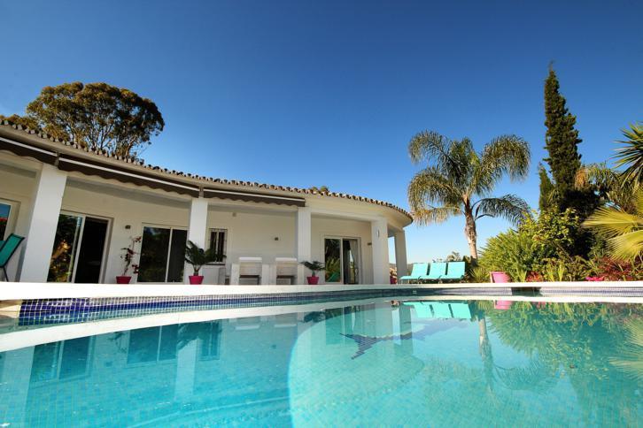 4 bed Villa for sale in La Quinta