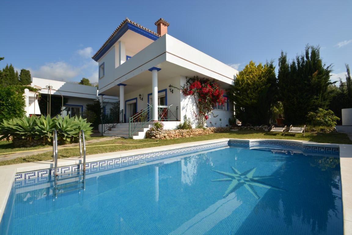 5 bed Villa for sale in Marbella