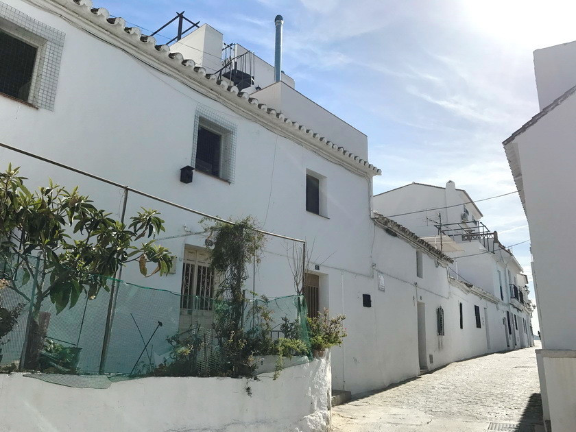3 bed Townhouse for sale in Mijas