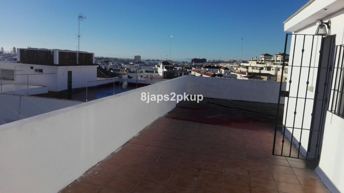 1 bed Apartment for sale in Estepona