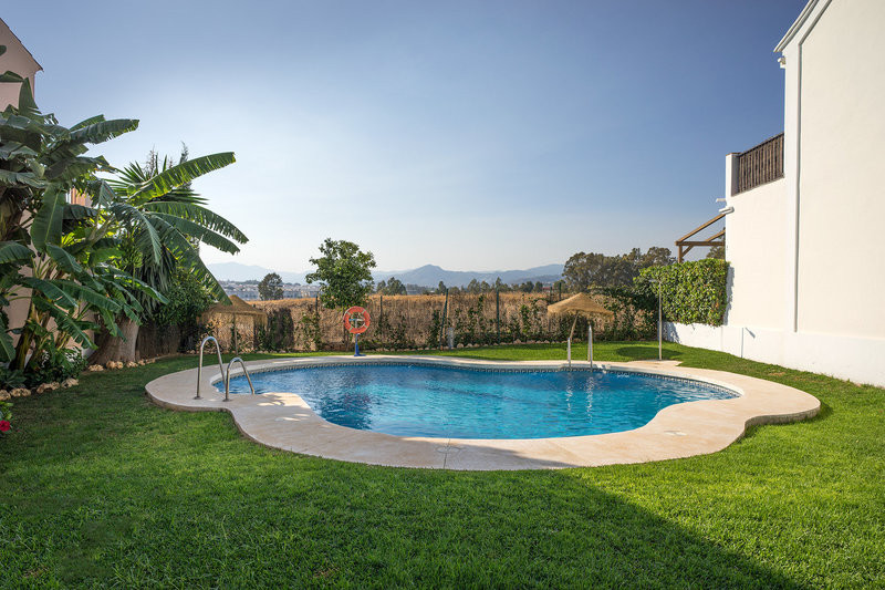 3 bed Townhouse for sale in Nueva Andalucía