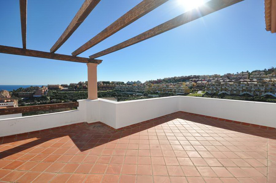 3 bed Penthouse for sale in La Alcaidesa