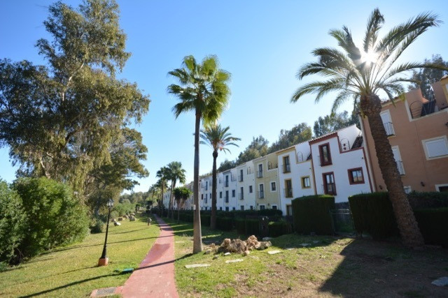 3 bed Townhouse for sale in Casares Playa