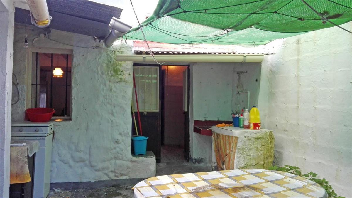 4 bed Townhouse for sale in Alhaurín el Grande