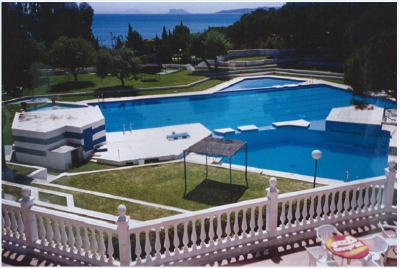 1 bed Villa for sale in Estepona