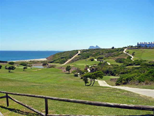 3 bed Apartment for sale in San Roque
