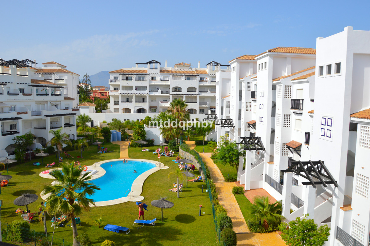 Modern top floor apartment close to the beach in a central and convenient location in the pleasant v,Spain