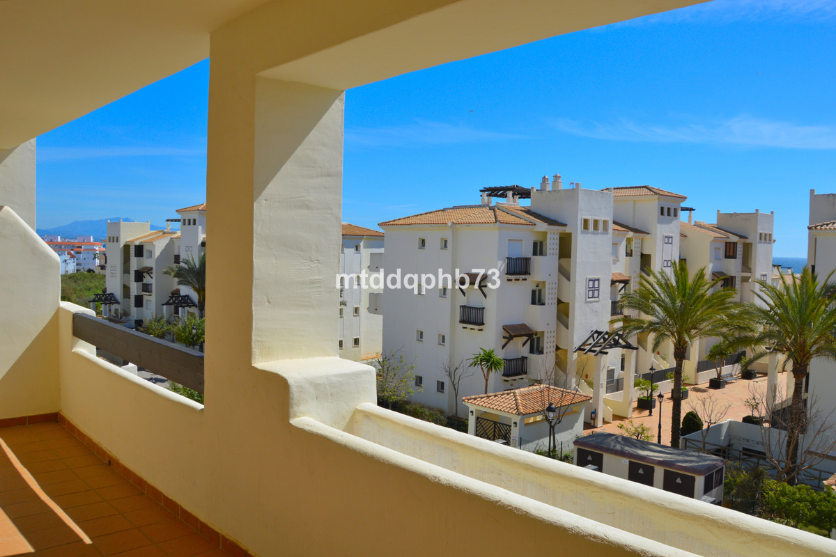 Modern apartment close to the beach in a central and convenient location in the pleasant village of ,Spain