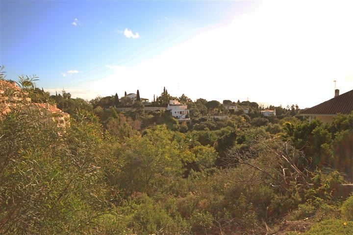 Plot Residential in Elviria, Costa del Sol