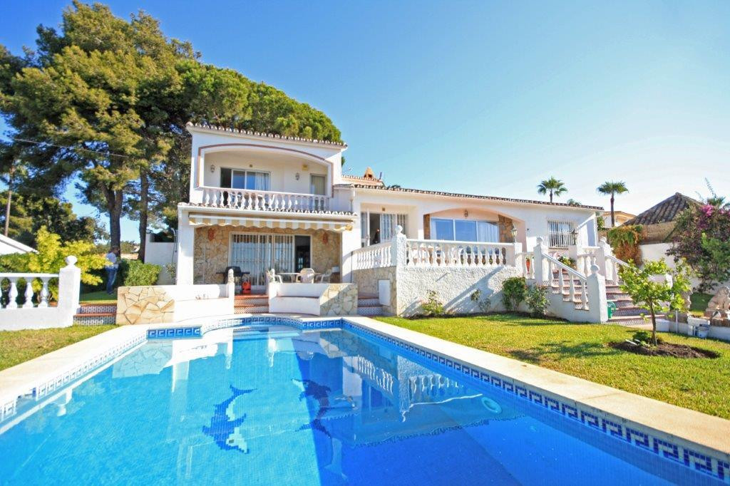 Mediterranean style villa located on a mature plot in the quiet part of Elviria with open and stunni,Spain