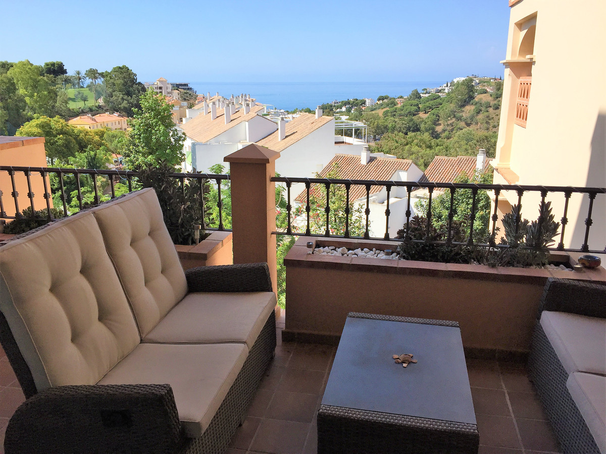 Luxury apartment in very well known and sought after luxury urbanization Mediterra. 2 bedrooms, 2 ba,Spain