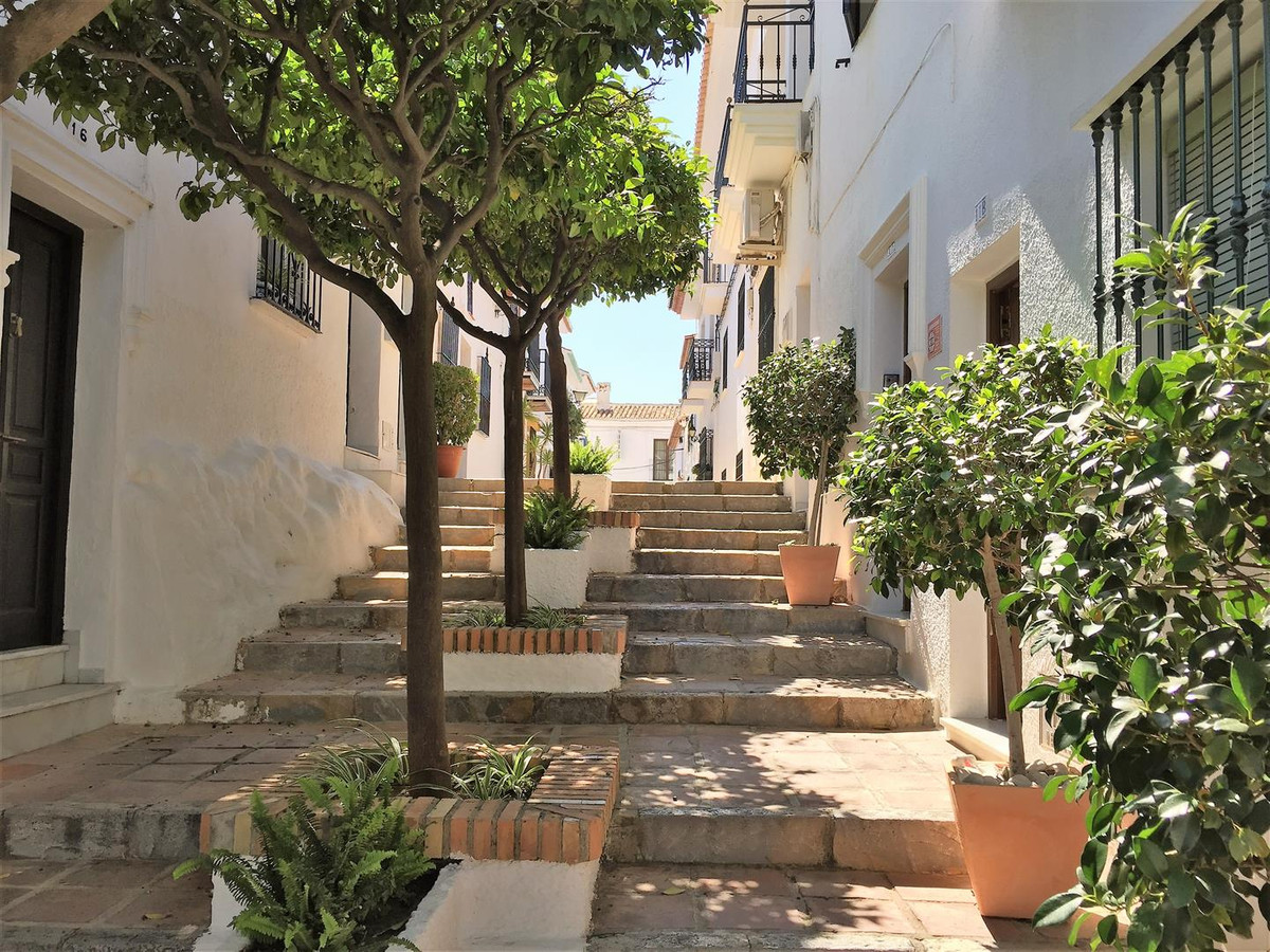 Unique opportunity to buy a piece of history in the famous Benalmadena Pueblo. This house is right i, Spain