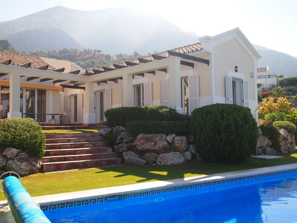One level villa built on a privileged position within Sierra Blanca Country Club, a development of p,Spain