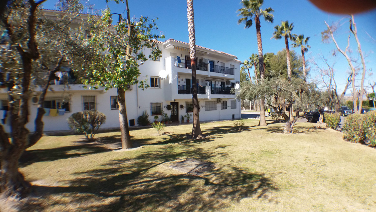 R3113452: Apartment for sale in Alhaurín el Grande