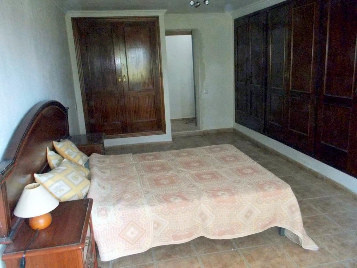 House in Alhaurín de la Torre R3165241 16