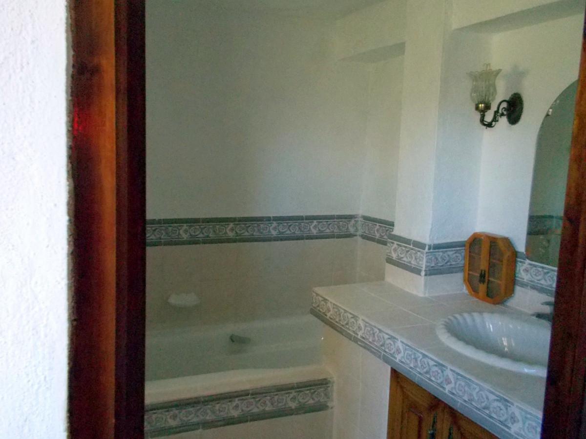 House in Alhaurín de la Torre R3165241 17