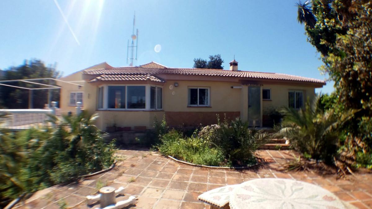 House in Alhaurín de la Torre R3165241 2