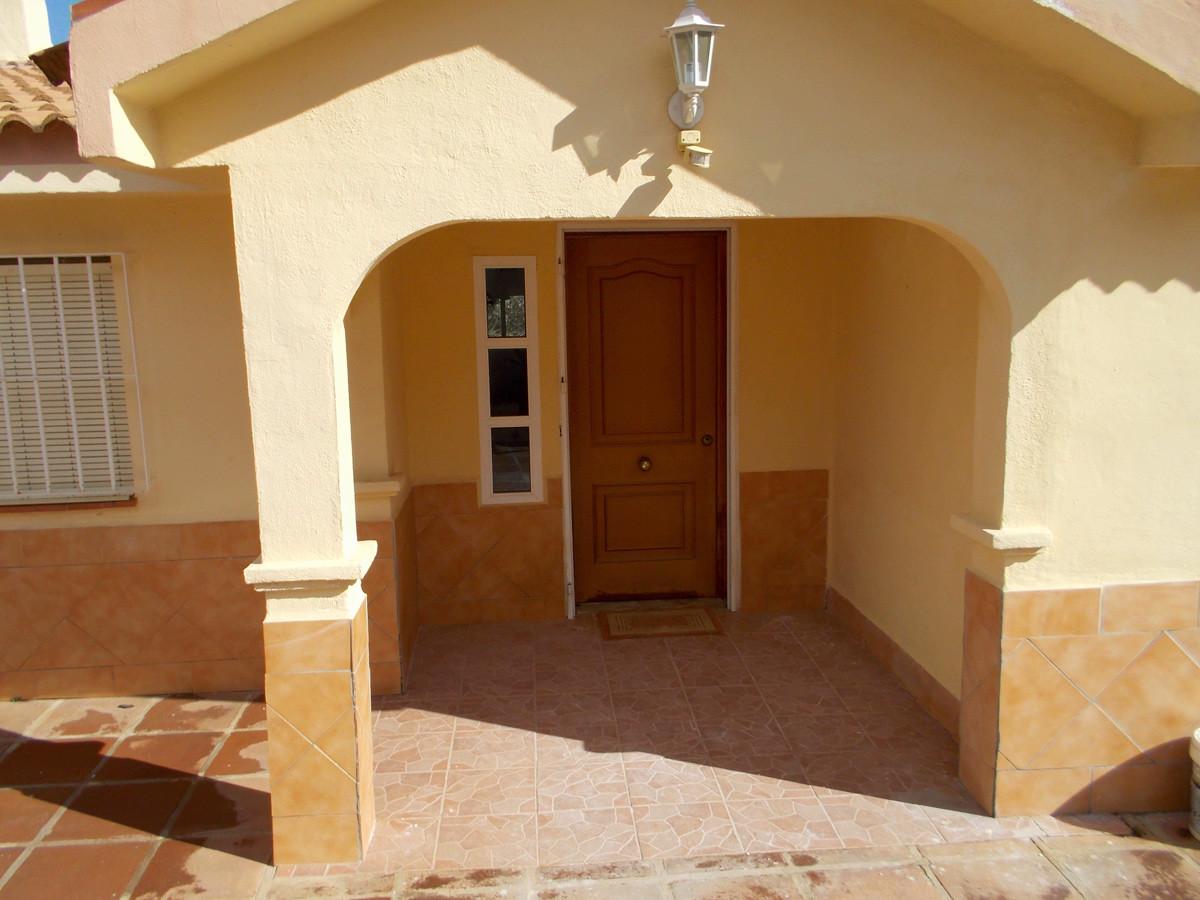 House in Alhaurín de la Torre R3165241 26