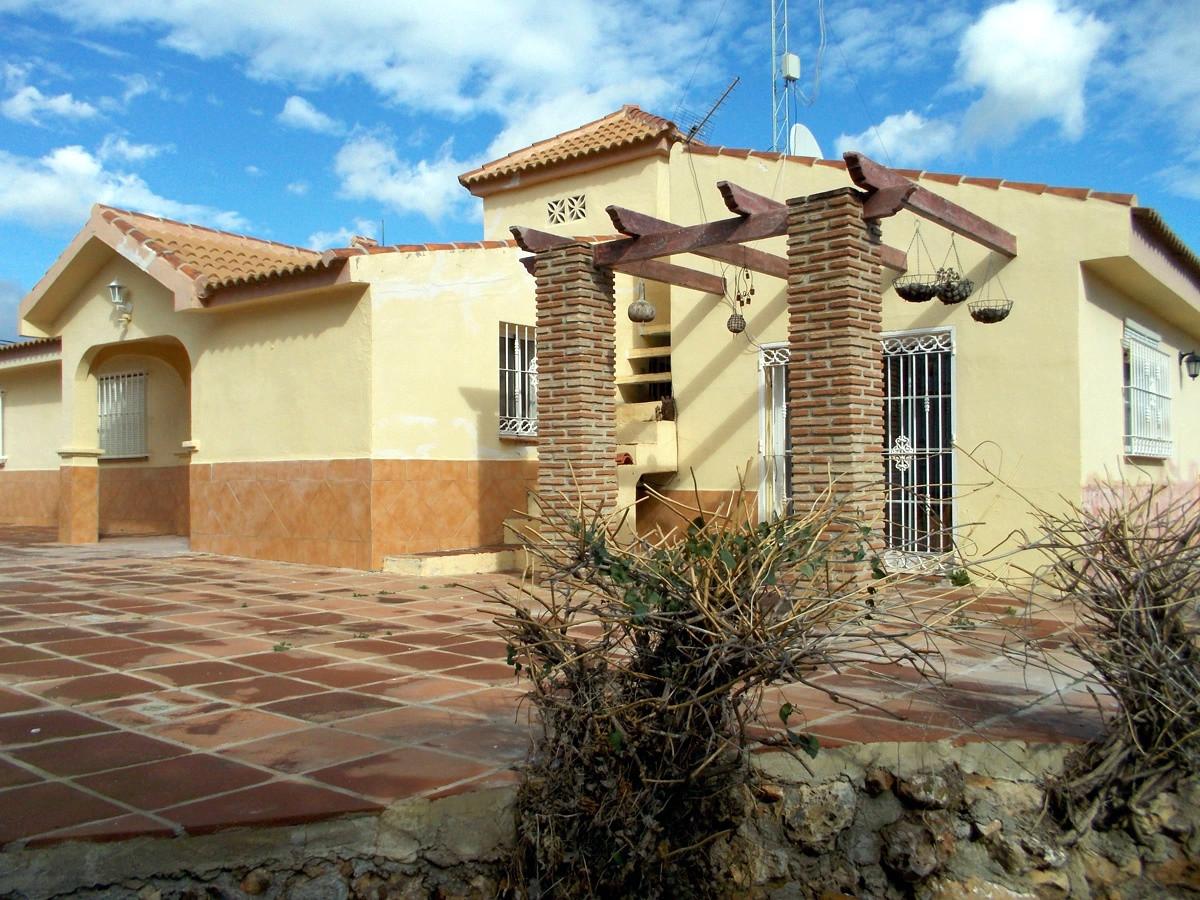 House in Alhaurín de la Torre R3165241 33