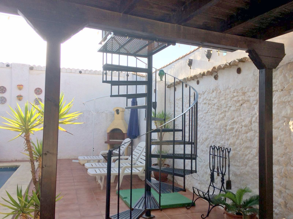 R3120100: Townhouse for sale in Humilladero