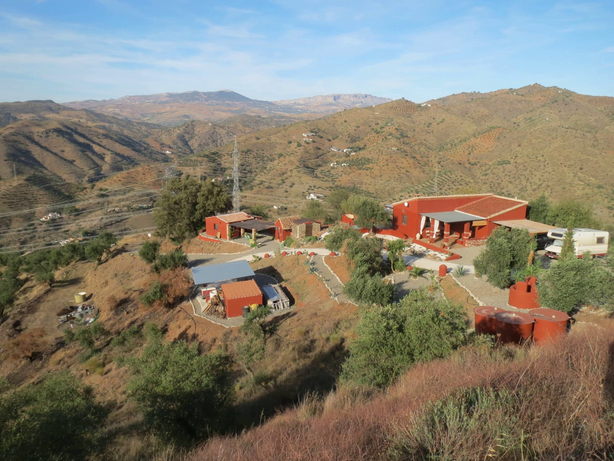 The main house is a secluded Finca situated on 70,000 sq metres of land close to the town of Alora. , Spain