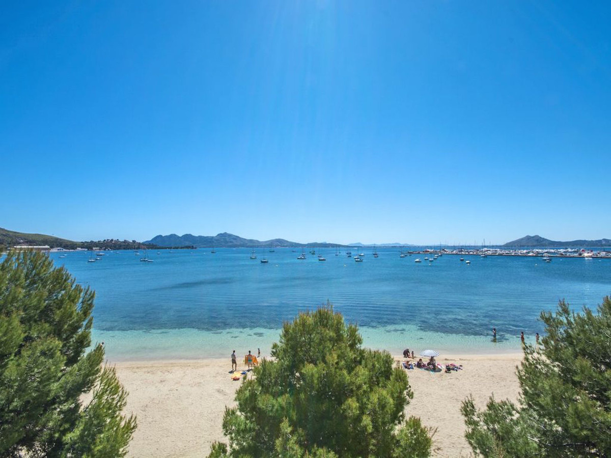 Rare opportunity to buy a front line apartment in the Port. Prime location on Pine Walk. Stunning vi,Spain