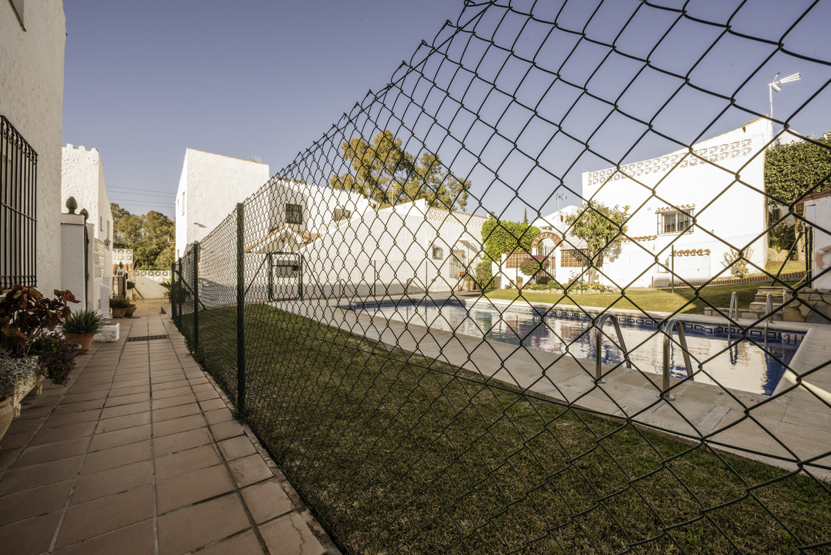 Maison Jumelée Mitoyenne à El Padron, Costa del Sol