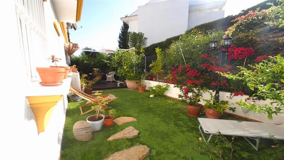 RESERVADA   PERFECT FOR FAMILIES  - LOW WITH LARGE GARDEN  Beautiful ground floor with garden with t, Spain