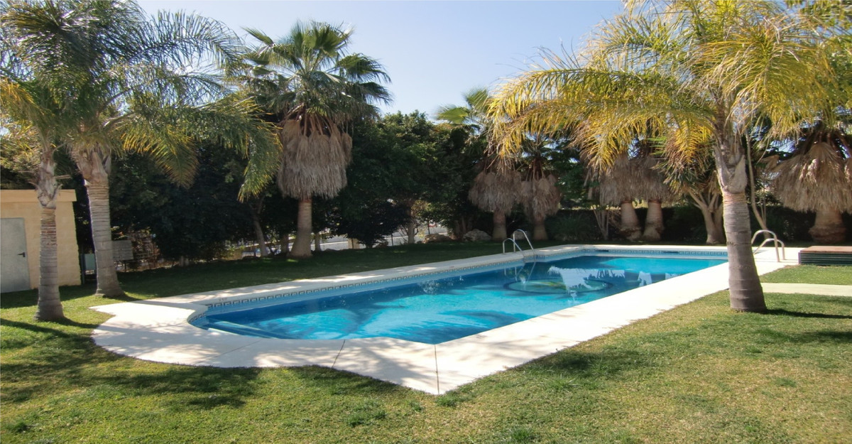 Extraordinary apartment in Estepona, just 50 meters from the beach of Velerin and Hospiten, and 5 mi,Spain