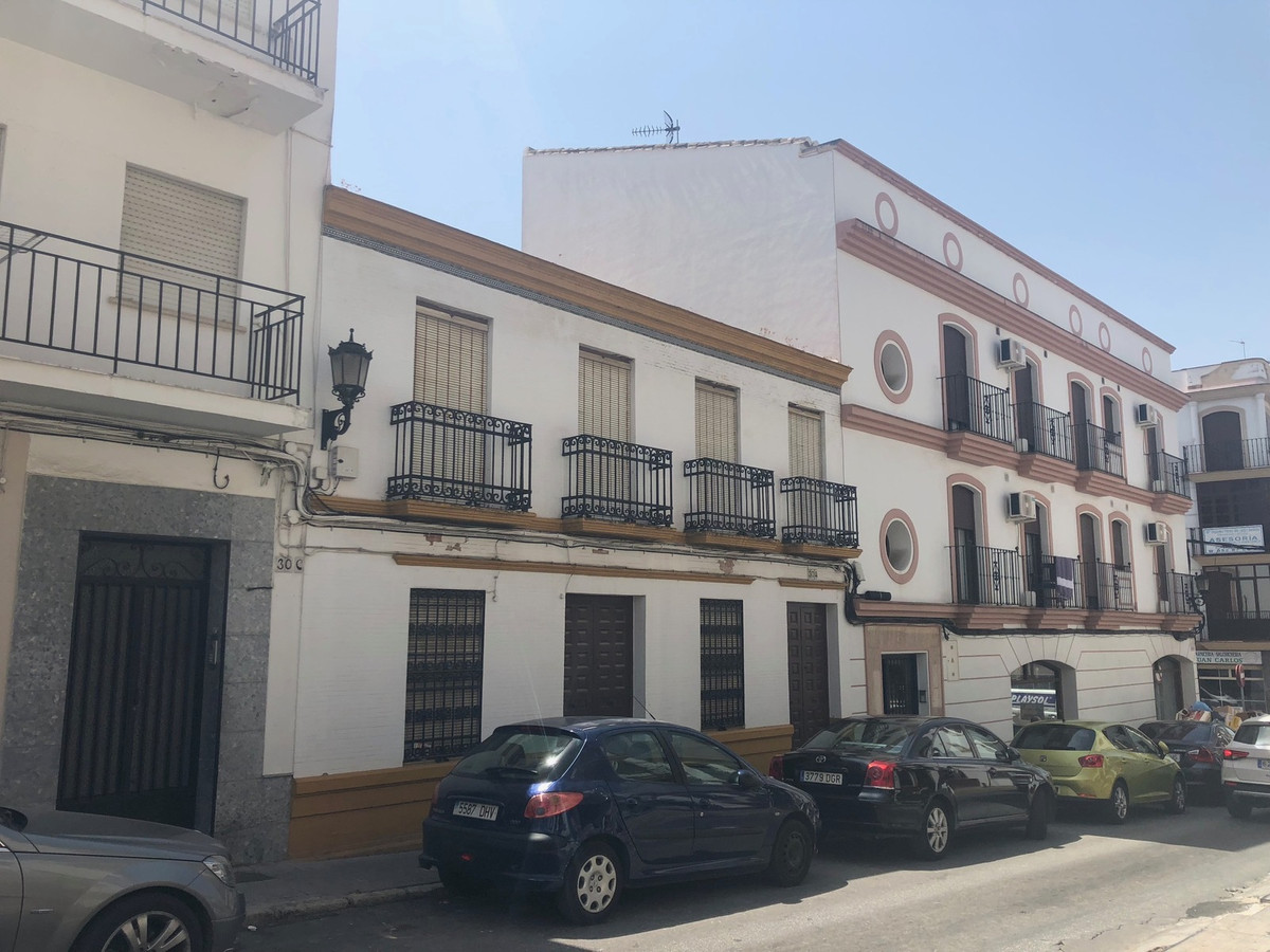 Magnificent building to reform and to be able to make in 8 tourist apartments approximately and turn,Spain