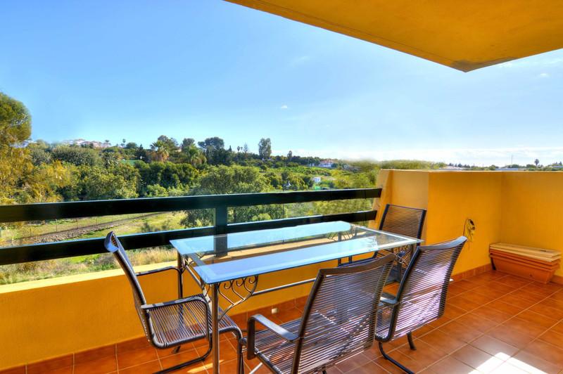Apartamento Planta Media en venta en Selwo – R3063850