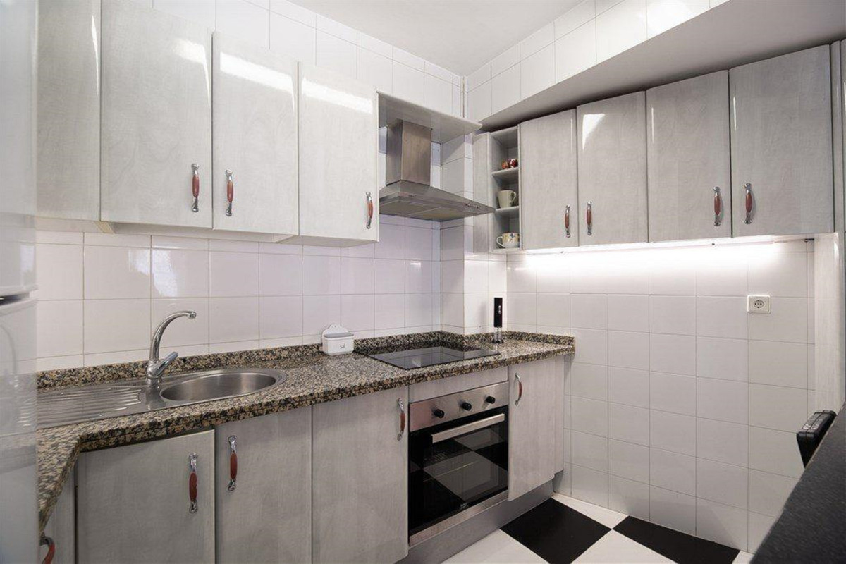 Apartamento en Venta en San Pedro de Alcántara – R3805327