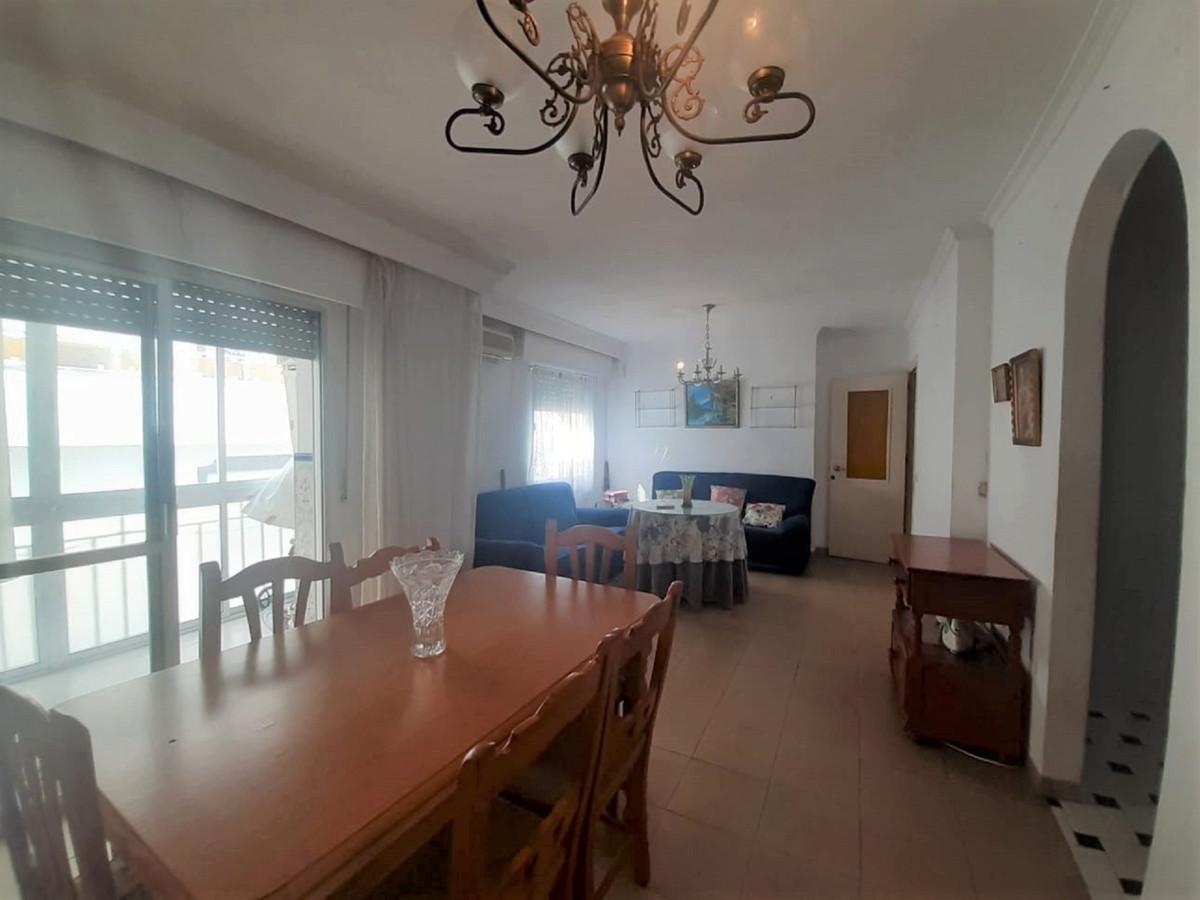 Marbella Banus Apartamento en Venta en San Pedro de Alcántara – R3837223