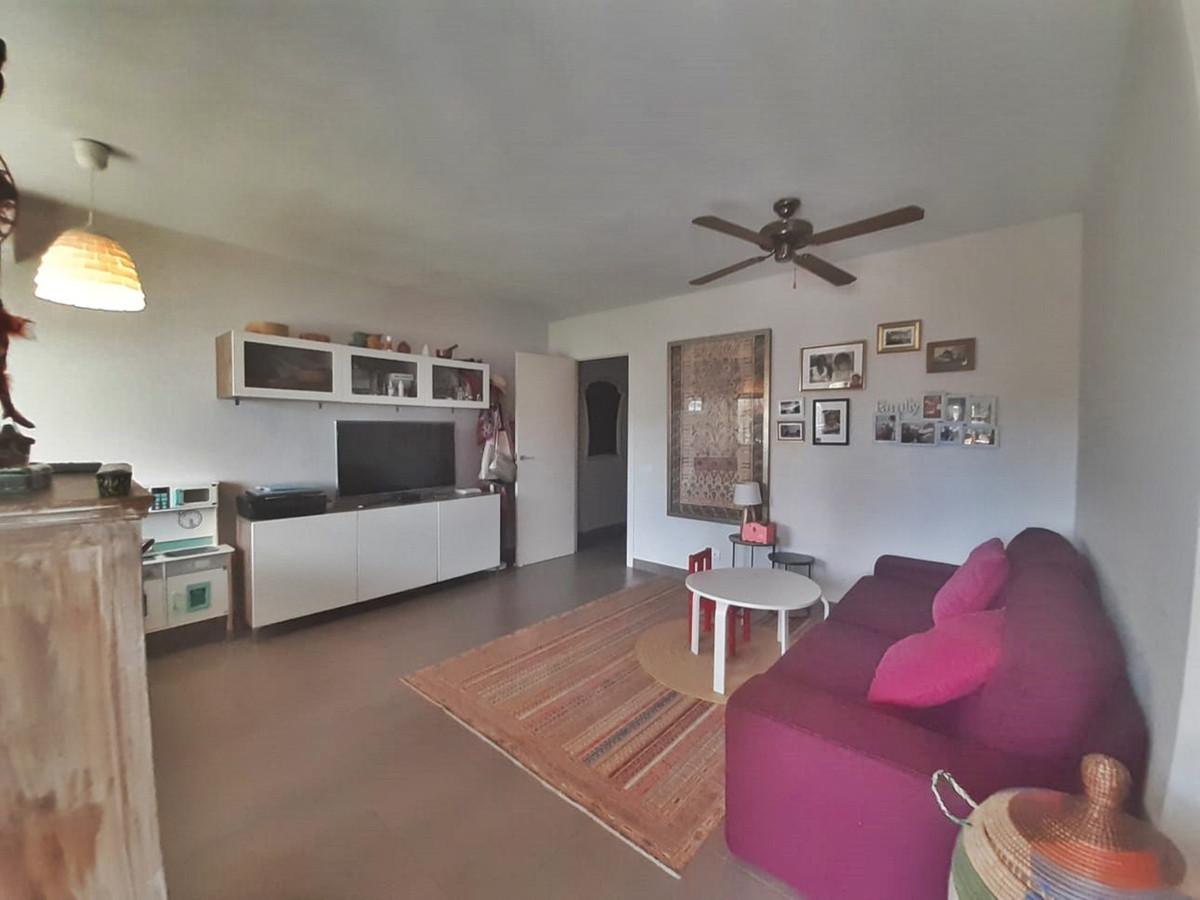 Apartamento en Venta en Nueva Andalucía – R3877720