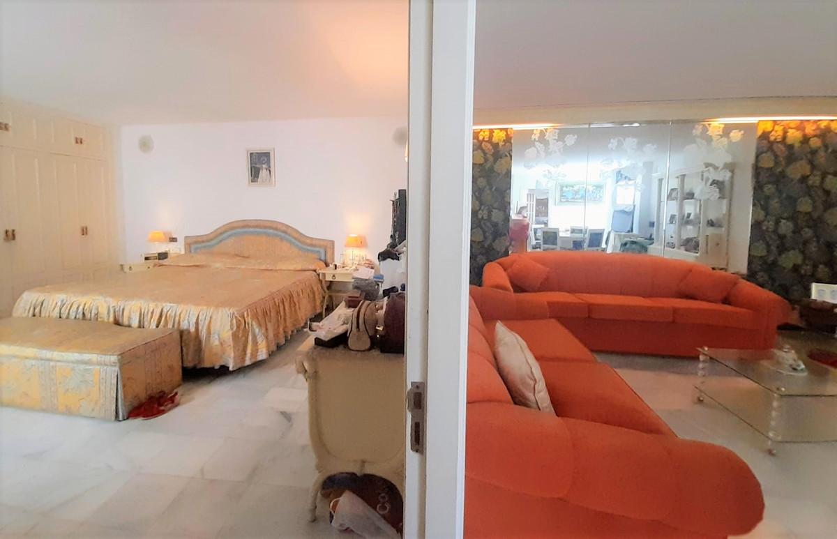 Apartamento en Venta en San Pedro de Alcántara – R3704453