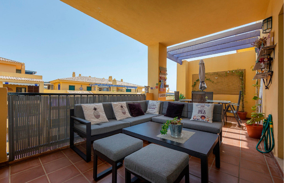 This impeccable upstairs home in the Nueva Alcantara area is just 700 meters from the beach, next to,Spain