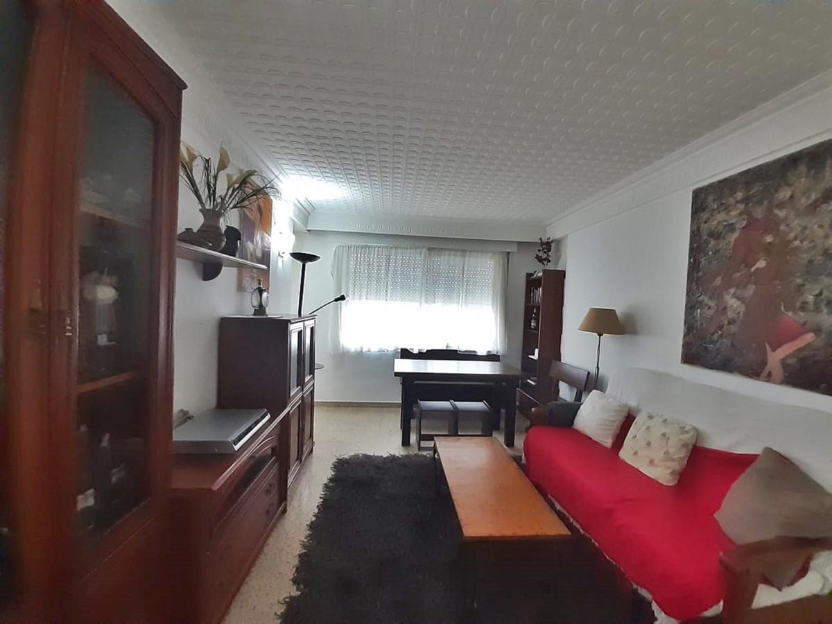 Marbella Banus Apartamento en Venta en San Pedro de Alcántara – R3857677